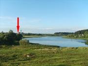 Кирпичный дом на берегу озера. Беларусь